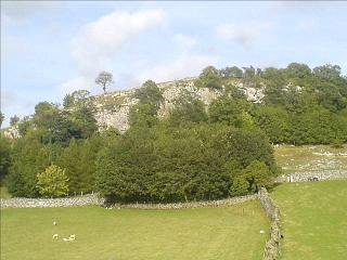 Stainforth Scar, Ribblesdale